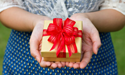 Some Great Gifts That You Can Give To Your Loved Ones