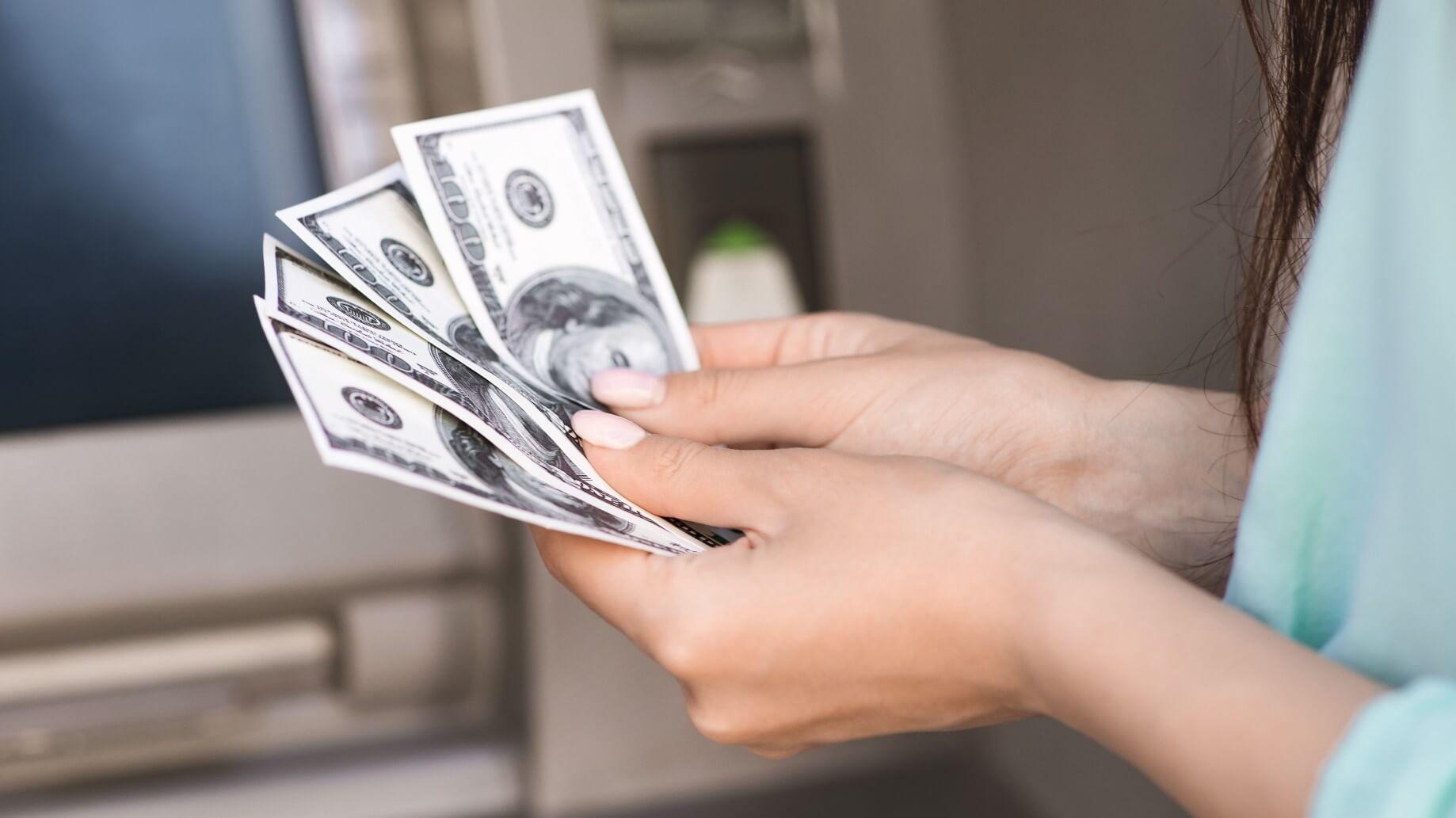 Do bitcoin ATMs give cash
