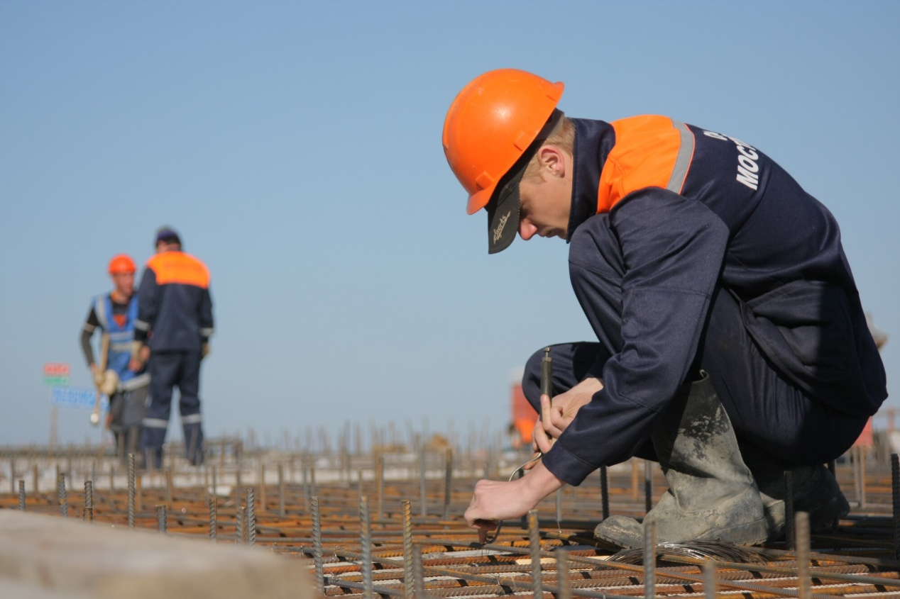 Questions to Ask a Contractor Before Hiring Them
